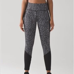 Lululemon fit physique tight Luon suited jacquard